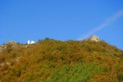 Pogled na crkvu u Lukovskoj Banji
